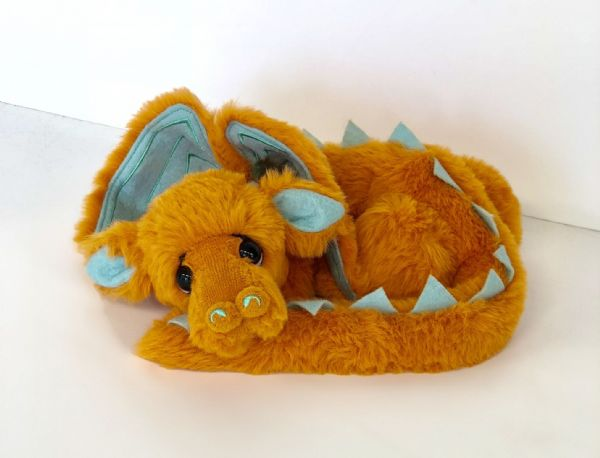 Butterscotch, Ltd Edition Dragon by Kaycee Bears.